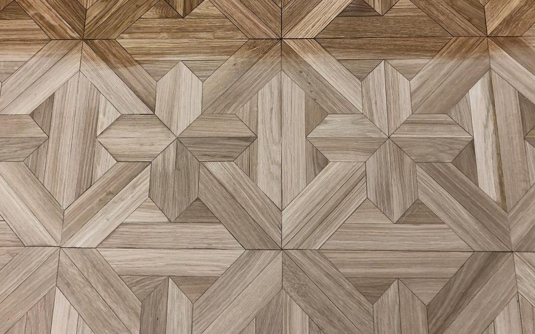 Dubová mozaiková parketa v Sacherovej izbe