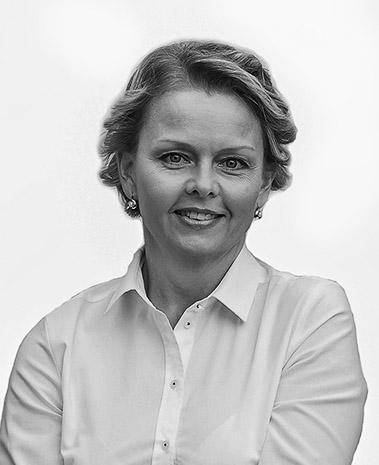 Puksa Andrea - Sacher Polgári Társulás